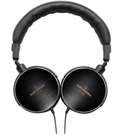 Наушники Audio-Technica Earsuit ATH-ES700, Solid Bass ATH-WS77, ATH-WS99