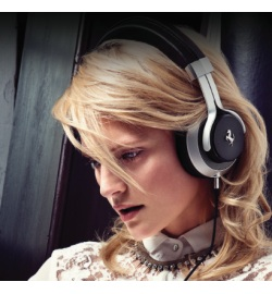 Наушники Ferrari by Logic3